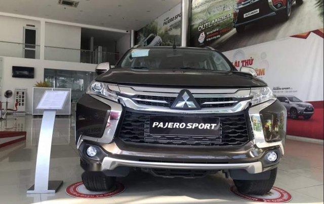 Bán Mitsubishi Pajero sản xuất năm 2019, màu đen, nhập khẩu nguyên chiếc, giá tốt1