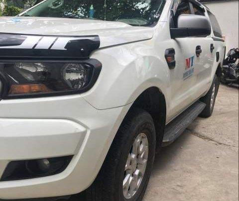 Cần bán gấp Ford Ranger MT sản xuất năm 2017, màu trắng, nhập khẩu 0