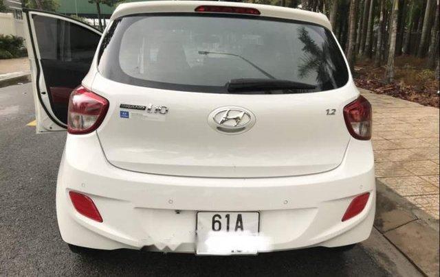 Chính chủ bán Hyundai Grand i10 đời 2015, màu trắng, nhập khẩu số tự động2