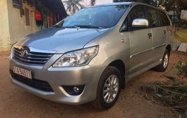 Bán Toyota Innova đời 2013, màu bạc, giá chỉ 475 triệu1