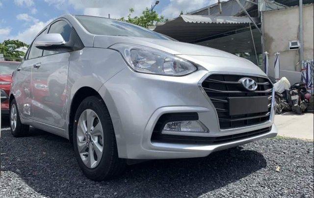 Cần bán Hyundai Grand i10 sản xuất năm 2019, màu bạc0