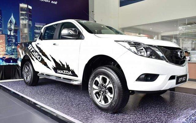 Bán xe Mazda BT 50 đời 2019, màu trắng, nhập khẩu  1