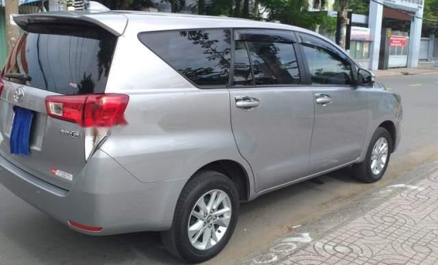 Bán Toyota Innova đời 2016, màu bạc, 645 triệu1