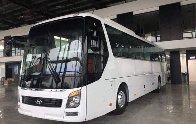 Bán Hyundai Universe đời 2019, màu trắng, nhập khẩu Hàn Quốc0
