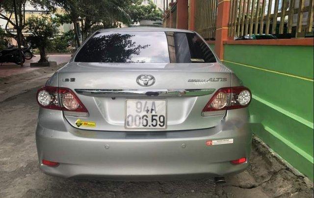 Bán Toyota Corolla altis MT sản xuất năm 2014, màu bạc  5