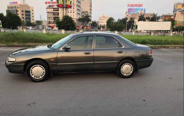 Gia đình bán Mazda 626 năm 1997, màu xám0