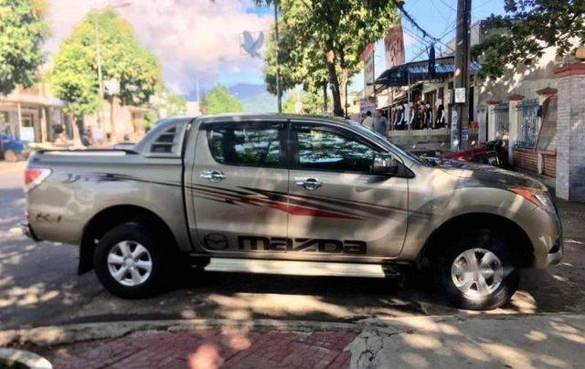 Bán xe Mazda BT 50 sản xuất 2013, màu vàng, nhập khẩu Thái Lan, 435 triệu5