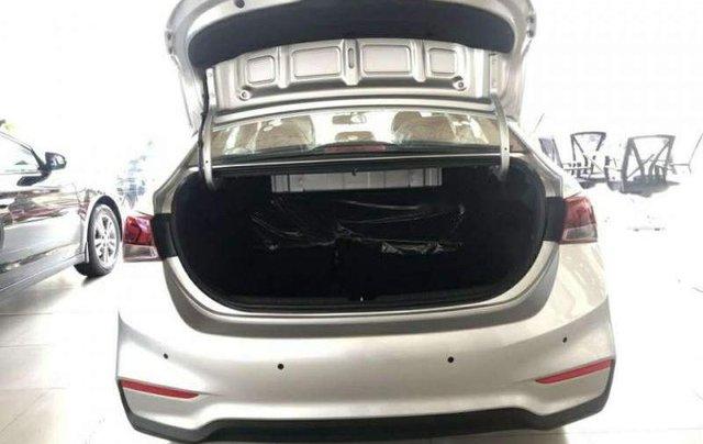 Bán xe Hyundai Accent đời 2019, màu trắng, giá chỉ 427 triệu2