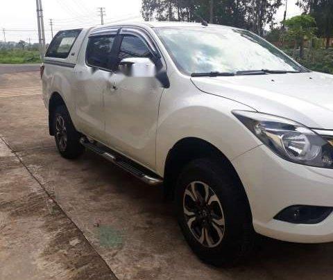 Chính chủ bán xe Mazda BT 50 năm 2016, màu trắng, xe nhập2
