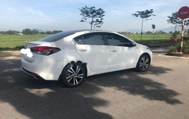 Cần bán lại xe Kia Cerato đời 2017, màu trắng, nhập khẩu nguyên chiếc đẹp như mới5