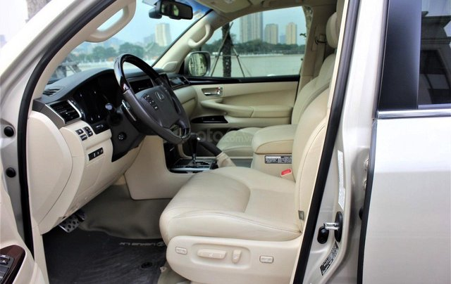 Bán Lexus LX 570 sx 2015 biển VIP, màu vàng cát, nội thất kem cực hiếm, giá tốt9