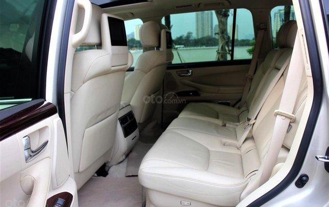 Bán Lexus LX 570 sx 2015 biển VIP, màu vàng cát, nội thất kem cực hiếm, giá tốt10
