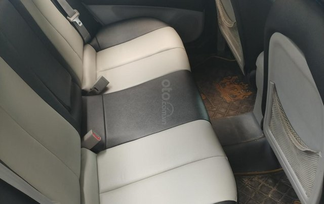 Bán ô tô Hyundai Avante đời 2012, màu trắng nhập khẩu, giá 299tr3