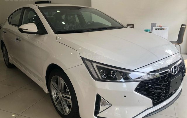 Hyundai Cầu Diễn - Bán Hyundai Elantra Sport 2019 - đủ màu, tặng 10-15 triệu nhiều ưu đãi - LH: 09648989321