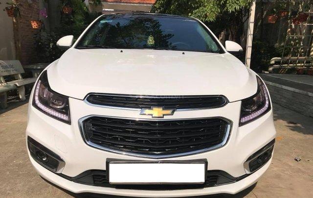 Cần bán xe Chevrolet Cruze LTZ Đk 05/2017, số tự động, màu trắng0