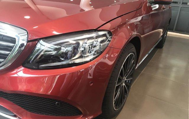 Cần bán Mercedes C200 Exclusive Sx 2019 đủ màu, giao xe ngay. LH 09369800385