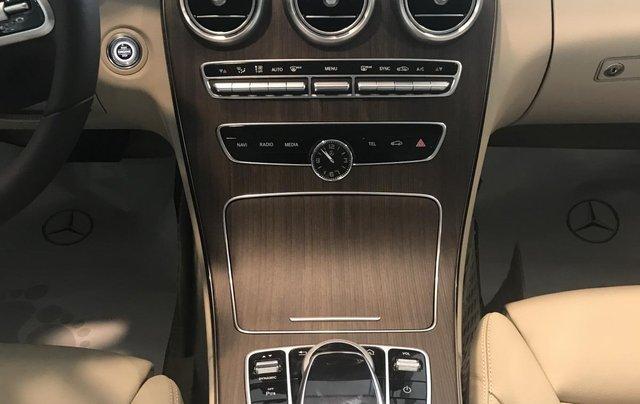 Cần bán Mercedes C200 Exclusive Sx 2019 đủ màu, giao xe ngay. LH 093698003812