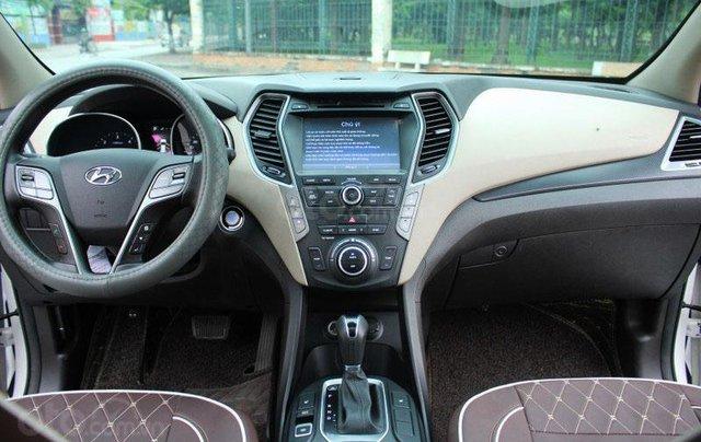 Cần bán Hyundai Santa Fe 2.2L sản xuất 20169