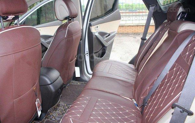 Cần bán Hyundai Santa Fe 2.2L sản xuất 20167