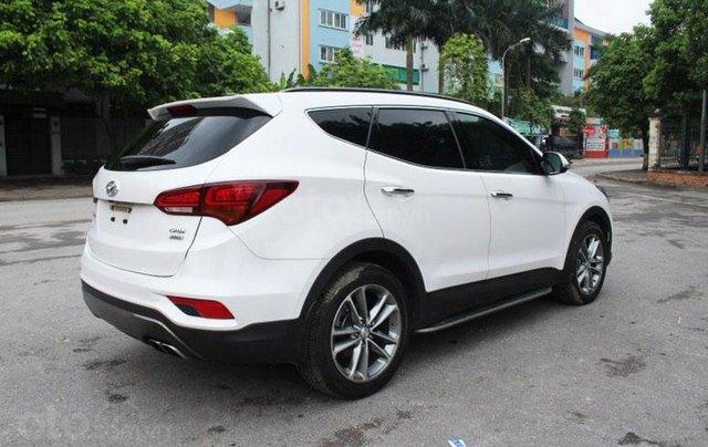 Cần bán Hyundai Santa Fe 2.2L sản xuất 20165