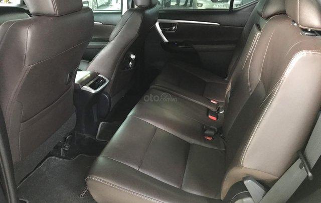 Bán Toyota Fortuner 2.8V 2 cầu, số tự động, máy dầu, nhập khẩu Indonesia T5/2019 màu đen VIP đi 8000km1
