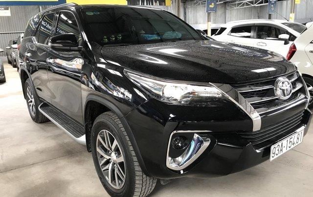 Bán Toyota Fortuner 2.8V 2 cầu, số tự động, máy dầu, nhập khẩu Indonesia T5/2019 màu đen VIP đi 8000km6