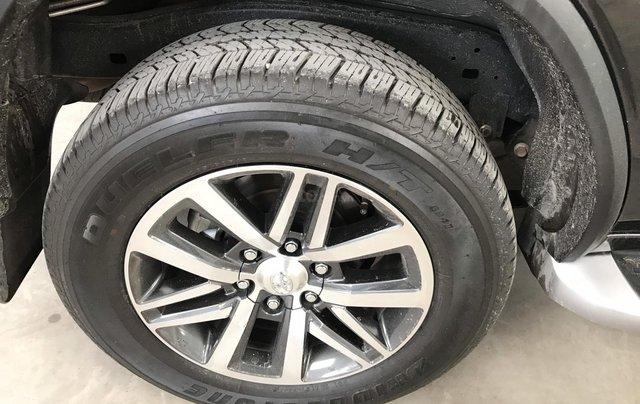 Bán Toyota Fortuner 2.8V 2 cầu, số tự động, máy dầu, nhập khẩu Indonesia T5/2019 màu đen VIP đi 8000km13