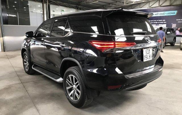Bán Toyota Fortuner 2.8V 2 cầu, số tự động, máy dầu, nhập khẩu Indonesia T5/2019 màu đen VIP đi 8000km21