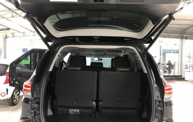 Bán Toyota Fortuner 2.8V 2 cầu, số tự động, máy dầu, nhập khẩu Indonesia T5/2019 màu đen VIP đi 8000km23