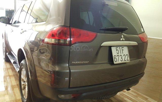 Bán Mitsubishi Pajero Sport 2.5MT số sàn, máy dầu, 7 chỗ, sản xuất 2016, màu nâu titan, biển Sài Gòn, 1 chủ đi 22000km2