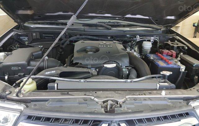 Bán Mitsubishi Pajero Sport 2.5MT số sàn, máy dầu, 7 chỗ, sản xuất 2016, màu nâu titan, biển Sài Gòn, 1 chủ đi 22000km6