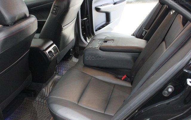 Bán Toyota Camry 2.5Q năm sản xuất 2016, màu đen, 950tr5