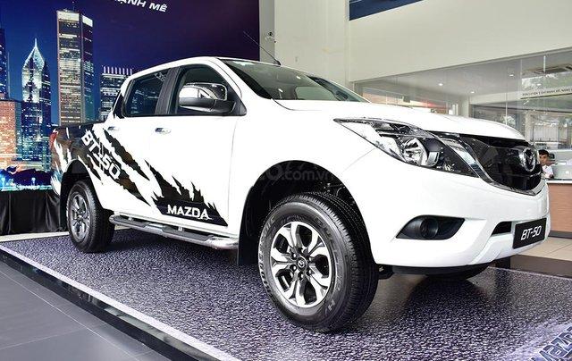 Bán Mazda BT 50 - Tặng  tiền mặt + BHTV0
