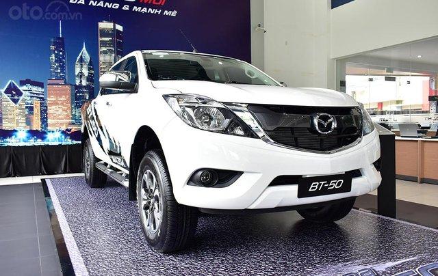 Bán Mazda BT 50 - Tặng  tiền mặt + BHTV1