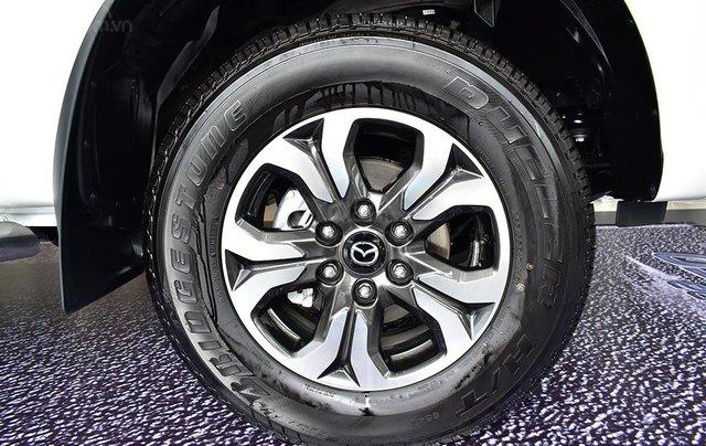 Bán Mazda BT 50 - Tặng  tiền mặt + BHTV4