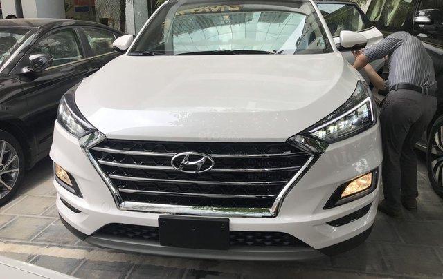 Bán Hyundai Tucson 2.0 dầu 2019, trả góp 80%, LH 09765439580
