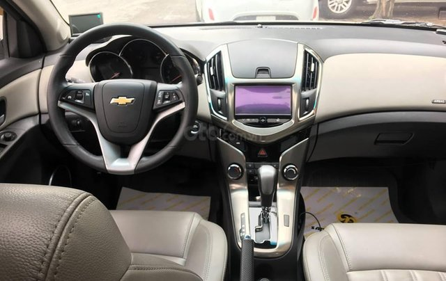 Bán xe Chevrolet Cruze 1.8 LTZ sản xuất 2016, màu trắng, giá chỉ 505 triệu10