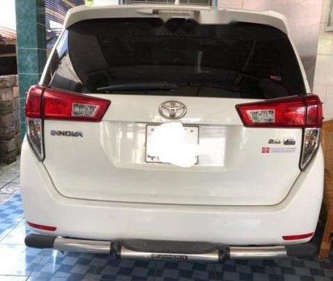 Chính chủ bán Toyota Innova đời 2017, màu trắng0