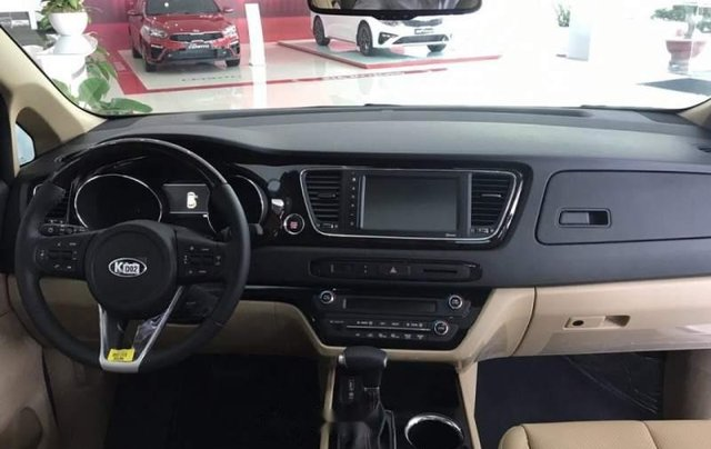 Bán Kia Sedona Platinum D đời 2019, màu trắng, xe nhập5