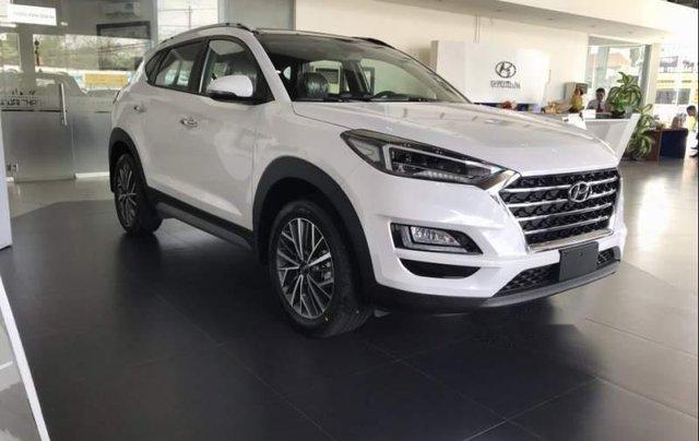 Bán xe Hyundai Tucson đời 2019, màu trắng, xe nhập5