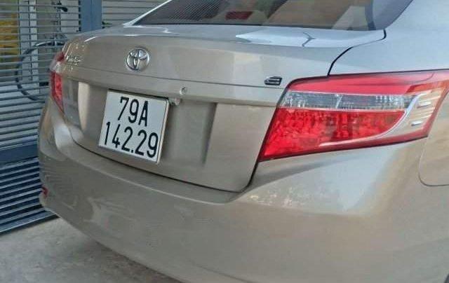 Bán Toyota Vios sản xuất 2017, màu vàng cát như mới, giá 465tr2