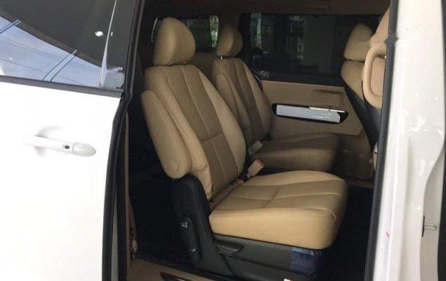 Bán Kia Sedona Platinum D đời 2019, màu trắng, xe nhập4