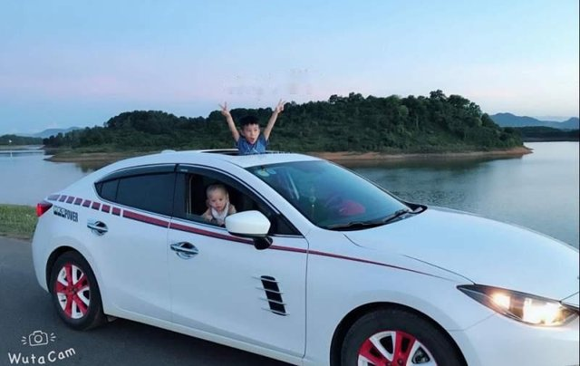 Bán ô tô Mazda 3 đời 2016, màu trắng, xe nhập0