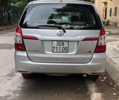 Bán Toyota Innova E đời 2015, màu bạc, chính chủ 2