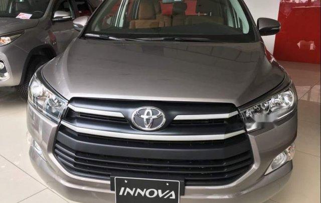 Bán Toyota Innova đời 2019, giá chỉ 771 triệu2