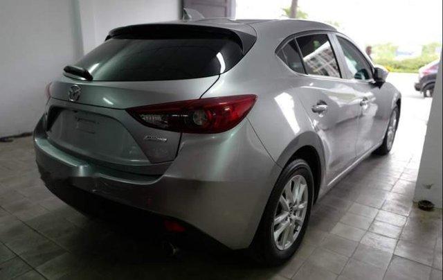 Bán xe Mazda 3 sản xuất năm 2015, màu bạc2