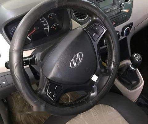 Bán xe Hyundai Grand i10 sản xuất 2015, màu bạc, nhập khẩu  2