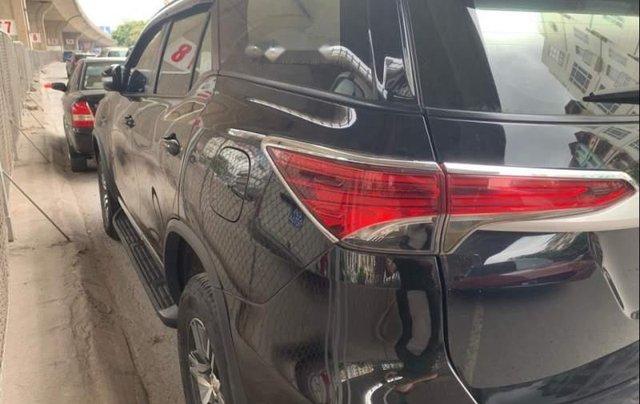 Bán ô tô Toyota Fortuner G sản xuất năm 2018, màu đen chính chủ1
