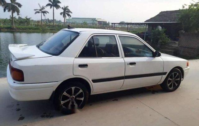 Bán Mazda 323 đời 1996, màu trắng, nhập khẩu, xe đẹp2