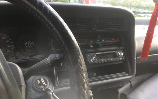 Cần bán xe Toyota Hiace năm 2002, nhập khẩu5